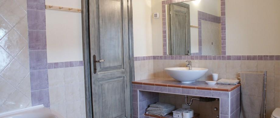 Bathroom with bathtub - east side first floor right